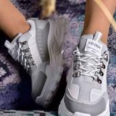 Стильные женские кроссовки. Всесезон