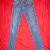 H&M джинсовые скинни.размер W27.в отличном состоянии.Оригинал!