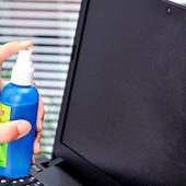 средство для очистки мониторов и клавиатуры 3 в 1 от пыли.
