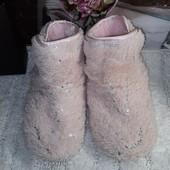 Домашние комнатные зимние тапочки сапожки