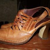 кожанные туфельки для Золушки