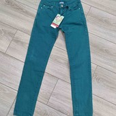 зелёные джинсы брюки на девочку