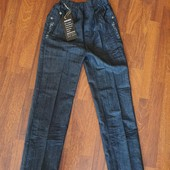 Новые джинсы для мальчика. Хорошее качество, плотные, р.28, рост 140-146 см.