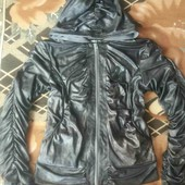 Классная курточка- ветровка!!!!