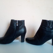 р38(24,5см).Деми.Кожаные ботинки Tanssico.