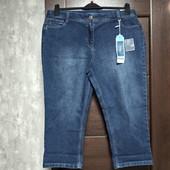 Фирменные новые красивые коттоновые укороченные джинсы р.18-20