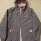 Фирменная курточка Quechua