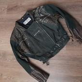 Фирменная, моднячая, весенняя кожанная куртка!!!