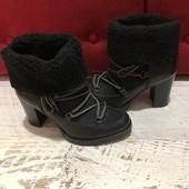 Ботинки із натуральної шкіри і замші,на овчині,від Andre,розмір 37