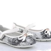 Детские туфельки с перфорацией. туфли с бантом на липучке.