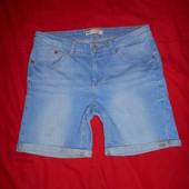 Clockhouse джинсовые стрейчевые шорты.размер 38.в отличном состоянии.Оригинал!