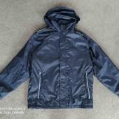 Куртка демисезонная тонкая от Regatta. Темно-синяя.В идеале.