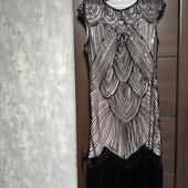Фирменное красивое платье расшитое бисером и пайетками в состоянии новой вещи р.14-16