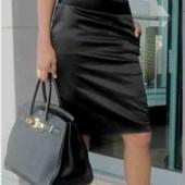 Igmar. Стильная атласная юбка-карандаш с  разрезом. Размер 44