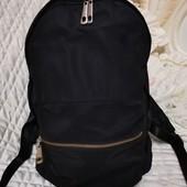 Вместительный легкий рюкзак. Бесплатная доставка УП.