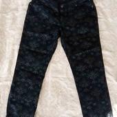 Шикарные джинсы! Интересный принт! Новые!