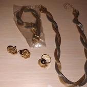 8 Марта !!! Набор бижутерии колье+браслет+серьги+кольцо. ( новое )