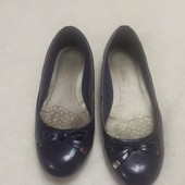 Лаковые туфли балетки 37 размер, длина стельки 24 см.