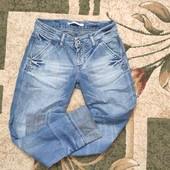 Собирай лоты) Крутые стильные джинсы с потертостями для девочки 9-12 лет