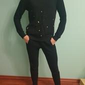 Красивый костюм с поетками из 100 % хлопка известного бренда Guess, р.M +-, смотрите замеры