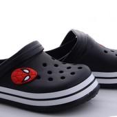 Модные кроксы на мальчика-32/33р. Цвет черный