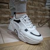 Белые кроссы в стиле Puma