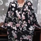 Красивая комбинированная блуза- туника от George р.56. В состоянии новой вещи.