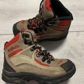 Классные ботиночки M'kinley 27 размер стелька 17,5 см .