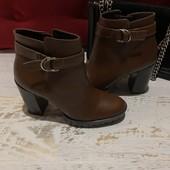 Ботинки із натуральної шкіри,від San Marina,розмір 36,устілка 23