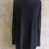 Асиметричный свитер свободного кроя