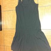Тонкое трикотажное платье.