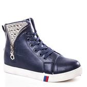 Стильные легкие деми ботиночки р.38, маломерят, стелька 23 см.