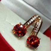 Новинка!Красивые позолоченные серьги с красный цирконом, медзолото, позолота 585 пробы