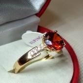 Позолоченное колечко с красным цирконом,20 р,покрытие позолотой 585пр