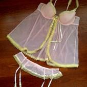 44-46р. Розовый комплект лиф-пеньюар и пояс для чулок Ann Summers