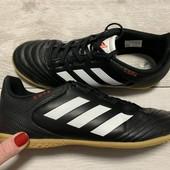 Кроссовки Adidas оригинал 37 размер стелька 23 см