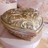 Подарок сувенир шкатулка из гипса сердце