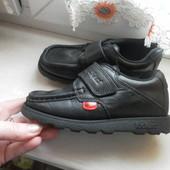 Кожаные туфли KicKers состояние отличное