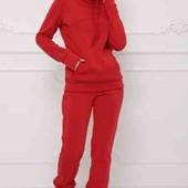 Красный спортивный костюм.Трехнитка