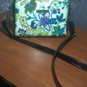Красивая сумочка.