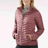 Новая куртка. фирма Esmara Германия. размер евро 40.