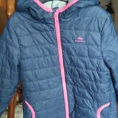 Куртка Quechua на девочку 4-6 лет