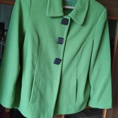 Шикарное пальто демисезонное, размер 14