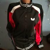 239. Спортивна куртка