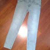 38-40р. Узкие серые джинсы-скины Gap