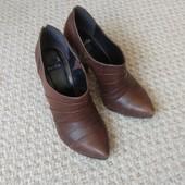 Демисезонные туфельки Bertie. Натуральная кожа.