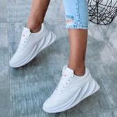 Новиночка!Стильная модель кроссовочек в стиле Адидас Шаркс.Цвет белый