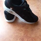 нові кроси 27,5-29,5см шт /інші моделі в моїх лотах