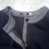 Пиджак 48-50р. Ткань трикотаж-жаккард. Цвет-темно-синий.