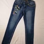 ЛоВиЛоТы! Крутые джинсы Vigoss с вышивкой на 8-10 лет